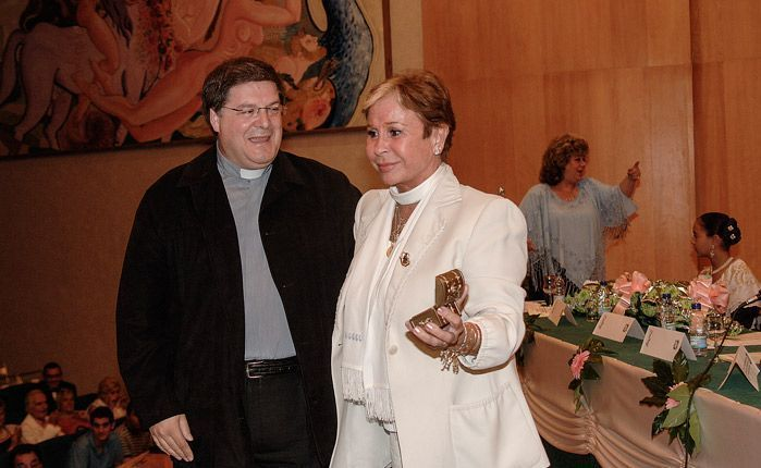 Lina Morgan fue homenajeada por el CEAM