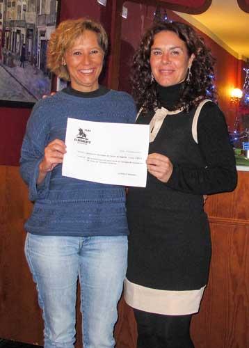 Elvira Garnes y Pilar Belarte. Foto:Ch.T.