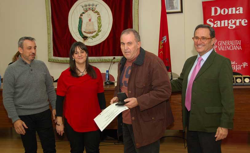 El Centro de Transfusiones de la Comunidad Valenciana se desplaza hoy a Segorbe y obsequia Medallas para los donantes