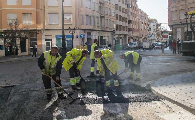 Reparcheo de calles en Segorbe